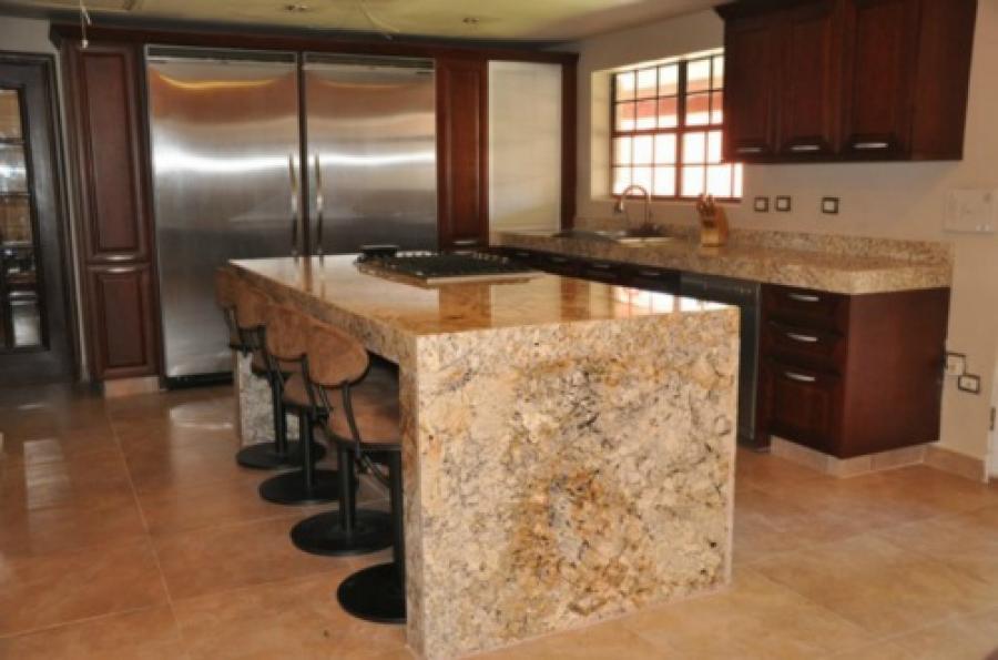 Asombroso Granito Mesa De Isla De Cocina Superior Imágenes - Ideas ...